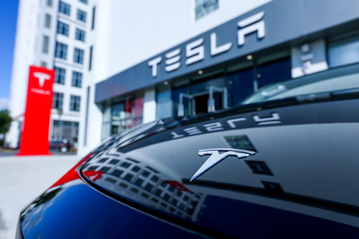 每46秒就能卖出一辆车,Model Y月售3万+,特斯拉才是永远的神?
